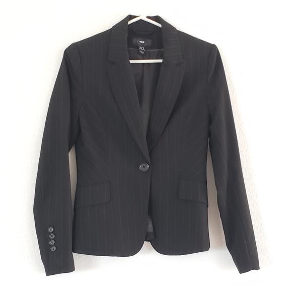9a91a7c115468 H&M Jackets & Coats   Nwot Hm Black Striped Work Wear Suit Jacket ...